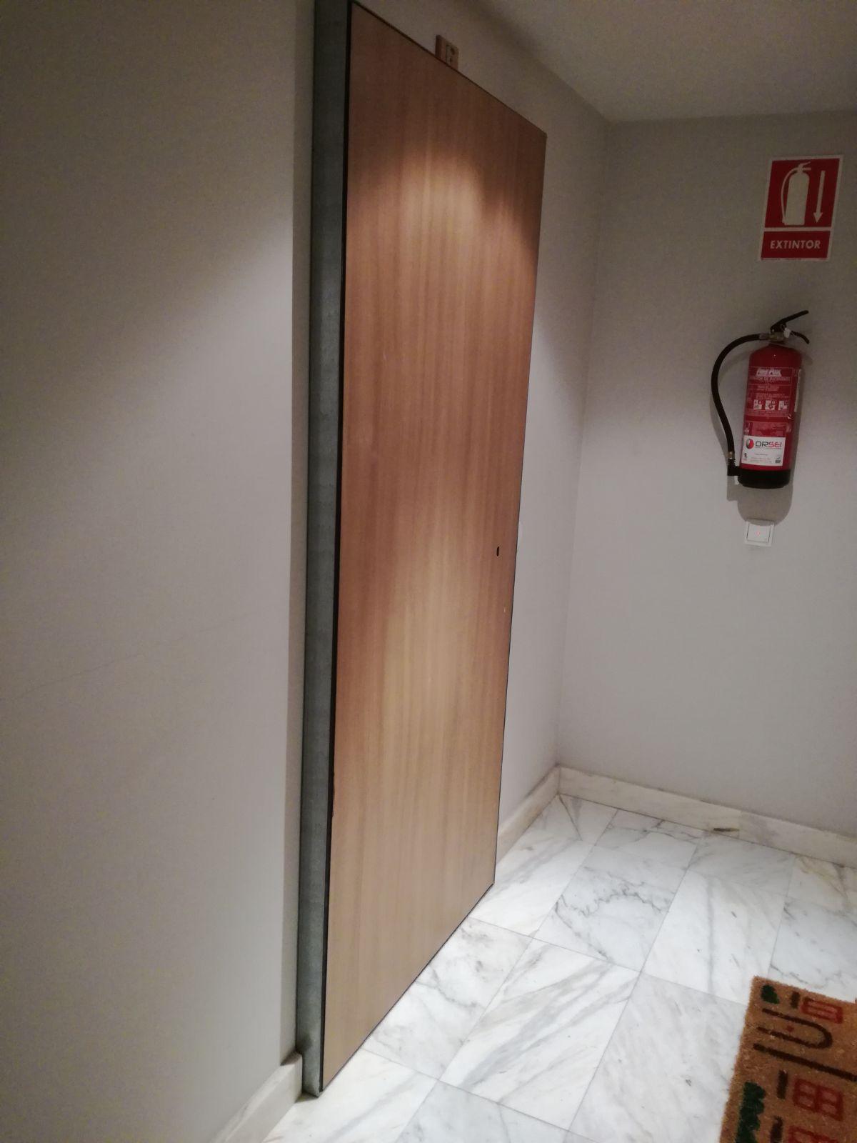 Necesitas instalar o retirar una puerta anti-okupa? - Hervill ...