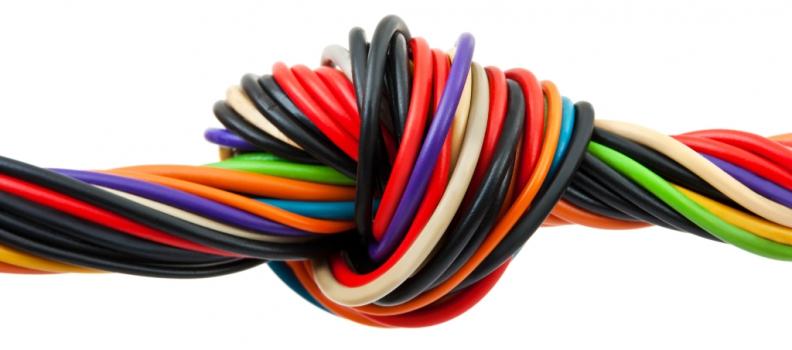 ¿Sabes cuántos colores tienen los cables que forman los circuitos eléctricos de tu casa?