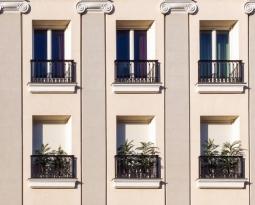 ¿Cada cuánto es necesario revisar el estado de las fachadas?