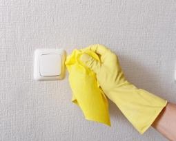 Limpiar las paredes, una buena forma de aprovechar la cuarentena